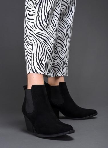 Bambi Kalın Topuklu Kısa Bot Siyah